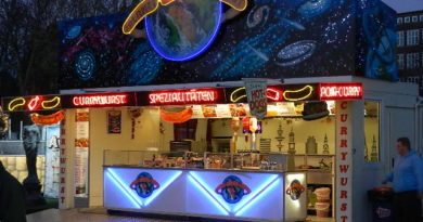 Planet Curry Wurst